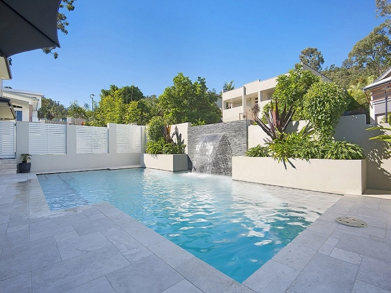 Boutique pool builders with water feature