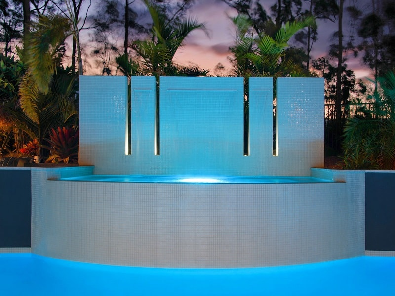 Custom design pool water feature