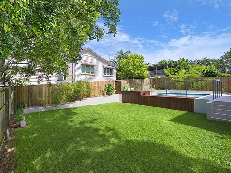 Plunge pool and landscaping in the Grange, Brisbane