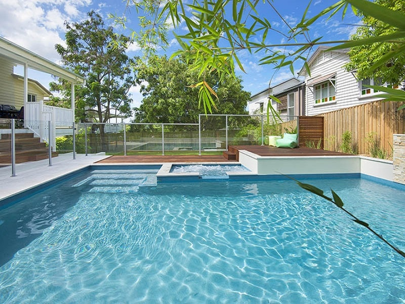 Plunge pool with spa and deck in the Grange, Brisbane