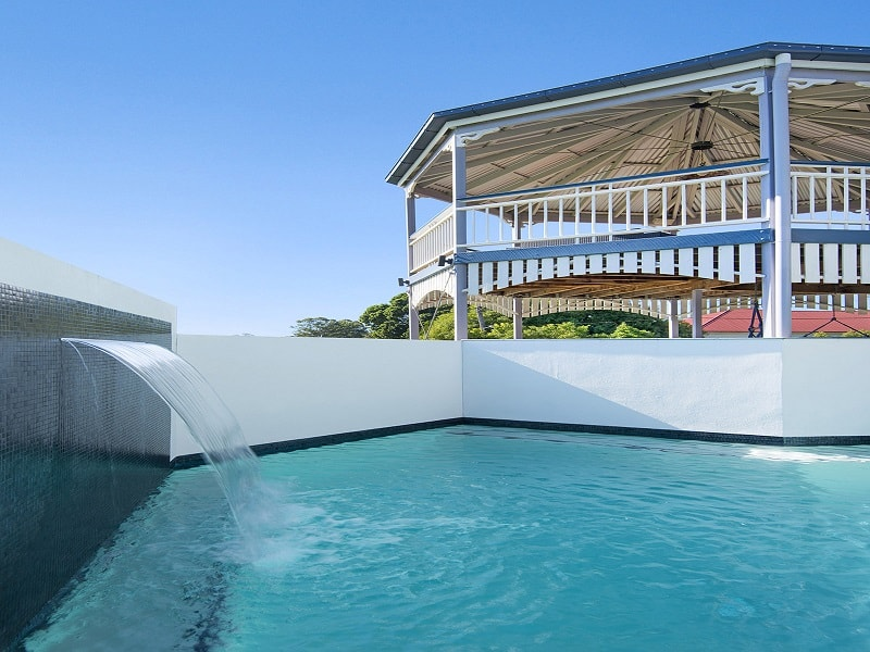 Swimming pool and outdoor area by Cityscapes Pools