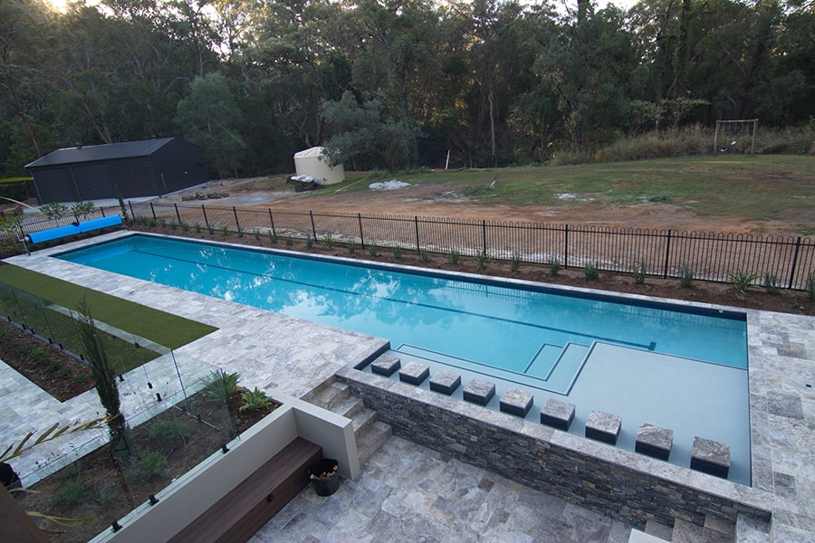 Lap pool built with concrete by Cityscapes